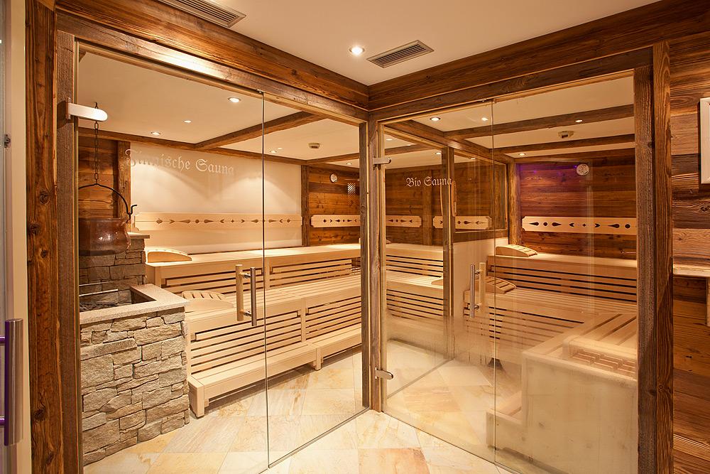 saunarium im hotel in zell am see finnische sauna bio. Black Bedroom Furniture Sets. Home Design Ideas